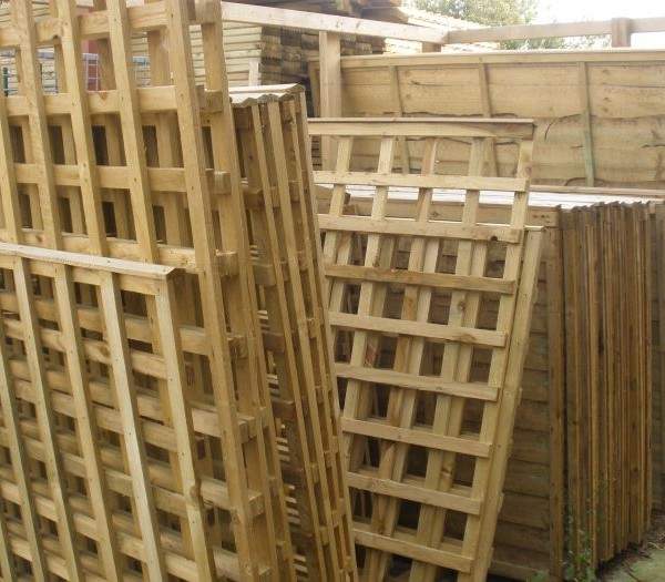 Keynsham Timber & Hardware Trellis Panels